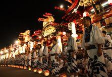 鹿角市:花輪祭の屋台行事